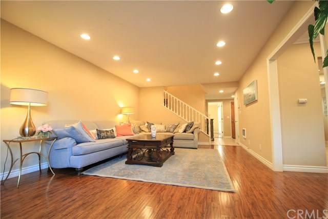 17 Via Granada, Rolling Hills Estates, CA 90274 (#PV20230714) :: Steele Canyon Realty