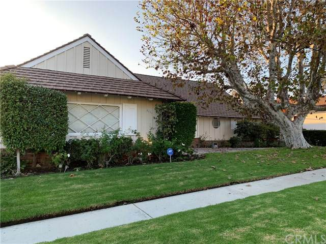 5111 S Sherbourne Drive, Ladera Heights, CA 90056 (#CV20233402) :: The Results Group