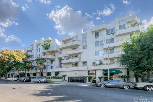 500 S Berendo Street #211, Los Angeles (City), CA 90020 (#PW20230721) :: American Real Estate List & Sell