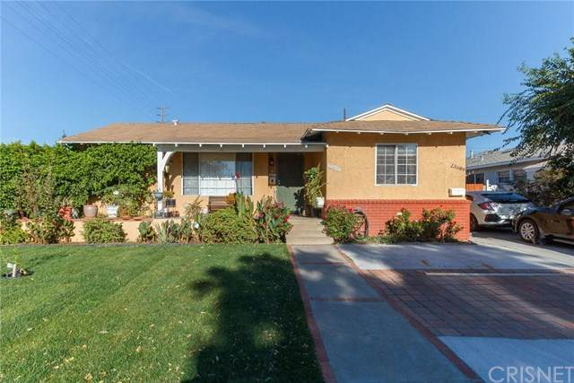 13691 Kelowna Street, Arleta, CA 91331 (#SR20233858) :: American Real Estate List & Sell