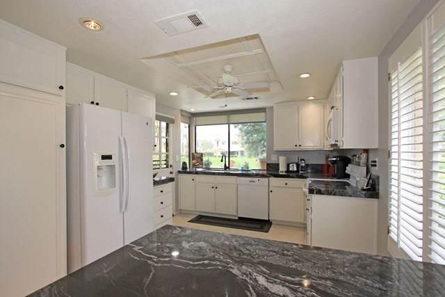 271 Santa Barbara Circle Circle, Palm Desert, CA 92260 (#219052620DA) :: The Costantino Group | Cal American Homes and Realty
