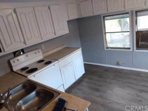 3350 7th Street, Clearlake, CA 95422 (#LC20234374) :: Steele Canyon Realty