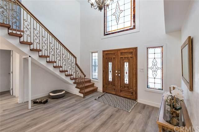 10932 Treeside Lane, Escondido, CA 92026 (#SW20227321) :: American Real Estate List & Sell