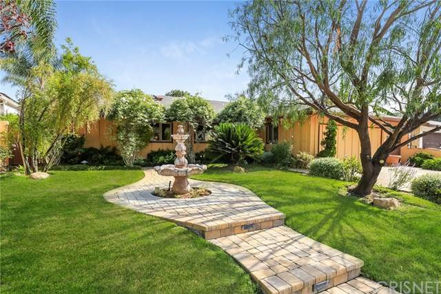 8814 Dempsey Avenue, North Hills, CA 91343 (#SR20236238) :: Steele Canyon Realty