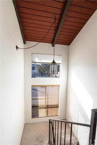 15720 Freeman Avenue, Lawndale, CA 90260 (#SB20235268) :: Crudo & Associates