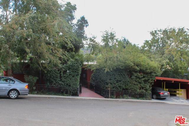 3143 Hollycrest Drive - Photo 1