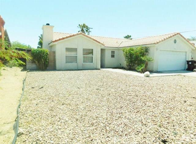 30476 Avenida Del Padre, Cathedral City, CA 92234 (#219052928DA) :: Bob Kelly Team