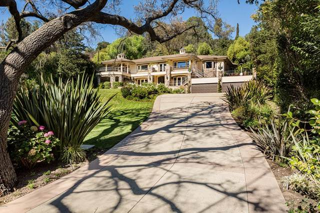 11947 Iredell Street, Studio City, CA 91604 (#220010921) :: American Real Estate List & Sell