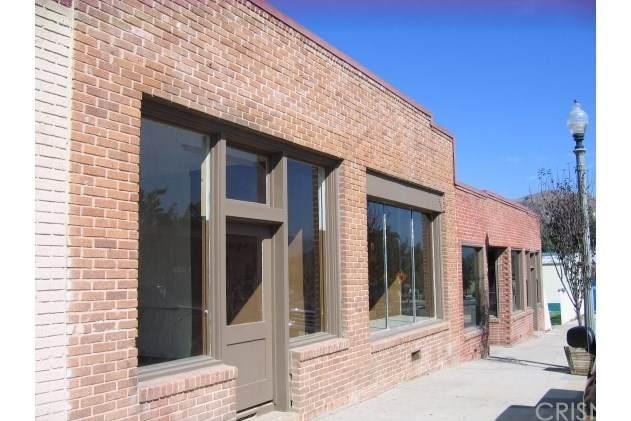3951 Center Street, Piru, CA 93040 (#SR20231139) :: Mainstreet Realtors®