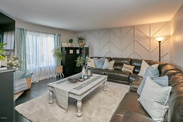 9256 Cedros Avenue, Panorama City, CA 91402 (#220010934) :: The Costantino Group | Cal American Homes and Realty