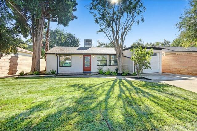 15336 Archwood Street #2, Van Nuys, CA 91406 (#PW20239155) :: Crudo & Associates