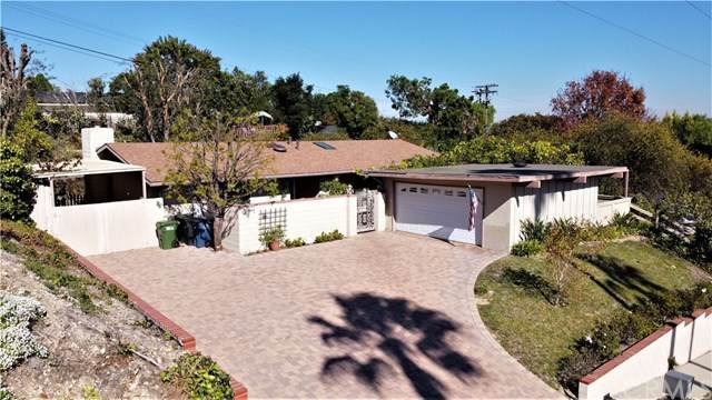 3 Brokenbow Lane, Rolling Hills Estates, CA 90274 (#OC20239081) :: Compass