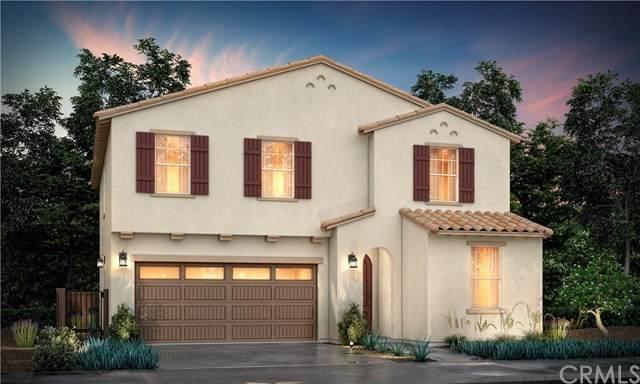 956 W Clover Avenue, Rialto, CA 92376 (#CV20239318) :: Mainstreet Realtors®