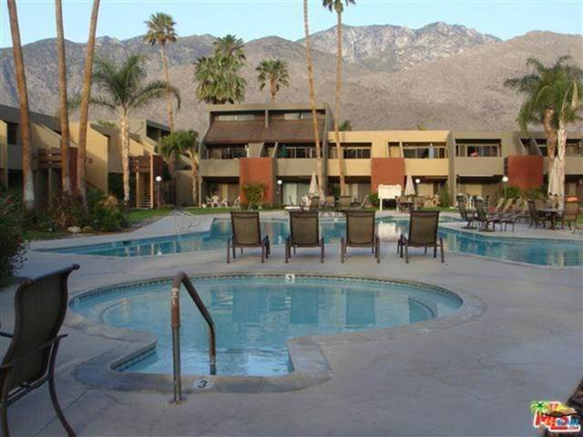 1655 E Palm Canyon Drive #208, Palm Springs, CA 92264 (#20659720) :: Team Forss Realty Group