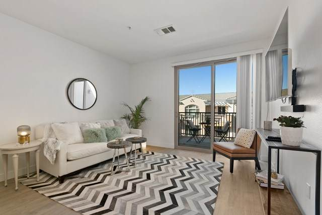 3877 Pell Pl #325, San Diego, CA 92130 (#200051684) :: Bathurst Coastal Properties