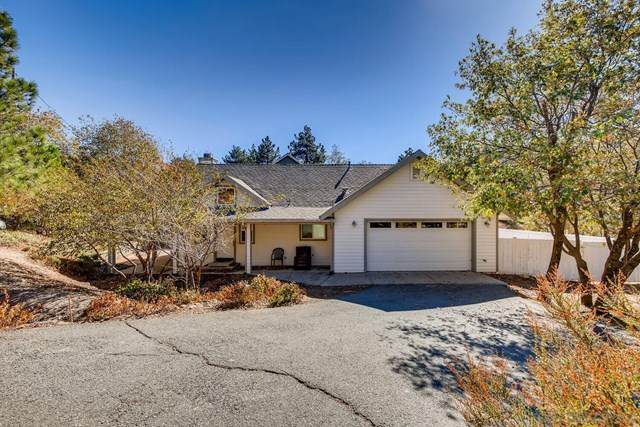811 Windward Dr, Julian, CA 92036 (#200051706) :: The Costantino Group | Cal American Homes and Realty