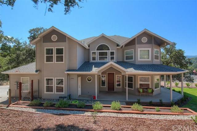 40111 Old Stonegate Court, Oakhurst, CA 93644 (#FR20240746) :: Steele Canyon Realty
