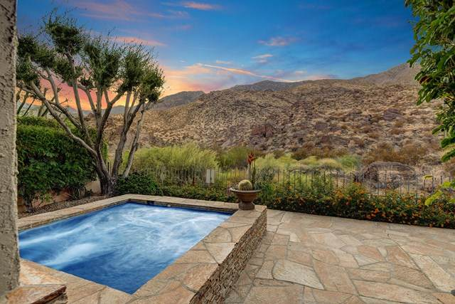 2541 W La Condesa Drive, Palm Springs, CA 92264 (#219053195PS) :: Crudo & Associates