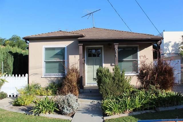 611 W W Walnut Ave, Orange, CA 92868 (#200051834) :: Steele Canyon Realty