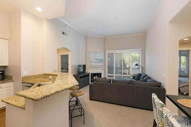 9263 Regents B406, La Jolla, CA 92037 (#NDP2002682) :: The Costantino Group | Cal American Homes and Realty