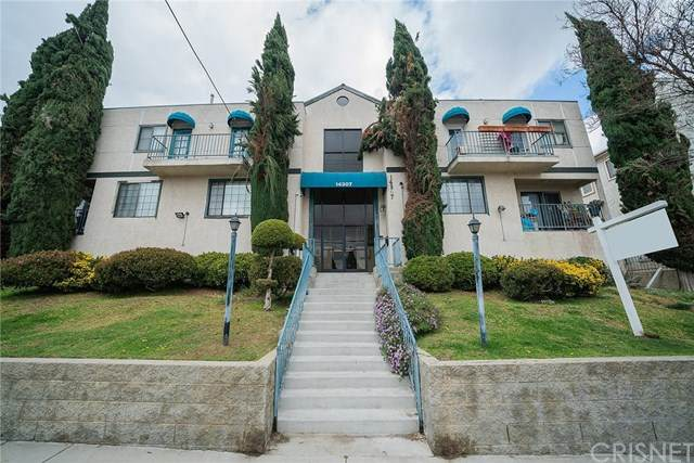 14307 Foothill Boulevard A4, Sylmar, CA 91342 (#SR20241642) :: American Real Estate List & Sell