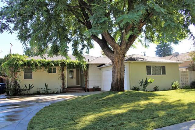 6514 Glade Avenue, Woodland Hills, CA 91303 (#220011012) :: The Costantino Group | Cal American Homes and Realty