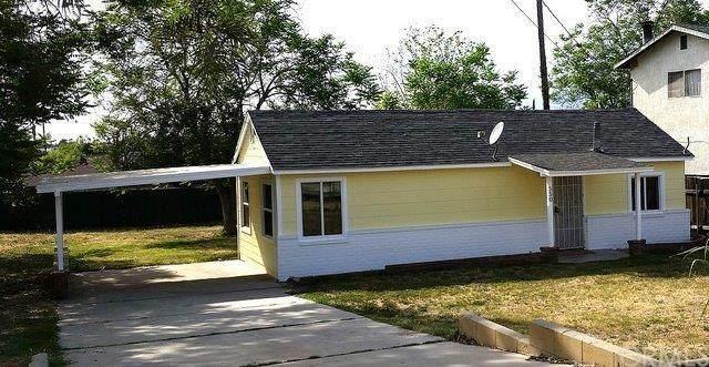 550 S Acacia Avenue, Rialto, CA 92376 (#CV20242255) :: Mainstreet Realtors®