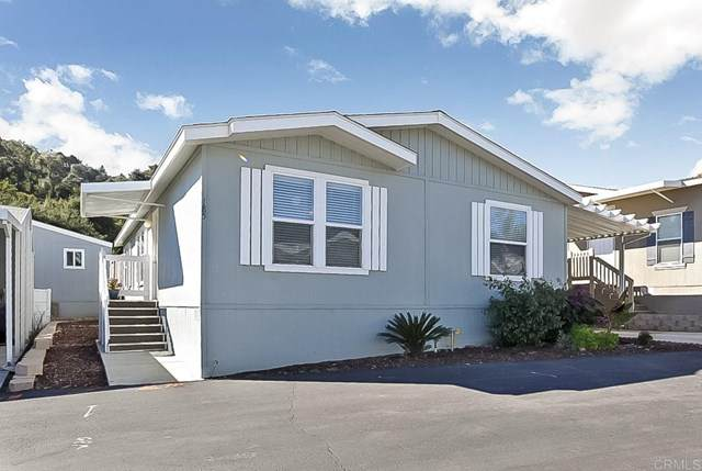 3909 Reche Road #185, Fallbrook, CA 92028 (#NDP2002730) :: Steele Canyon Realty