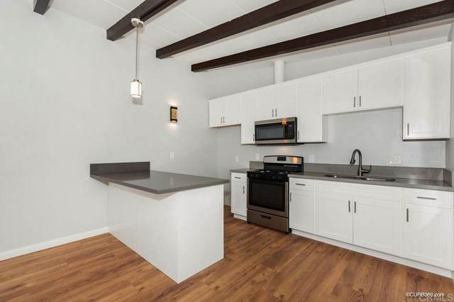 8542 Organdy Lane, Santee, CA 92071 (#PTP2001543) :: Crudo & Associates