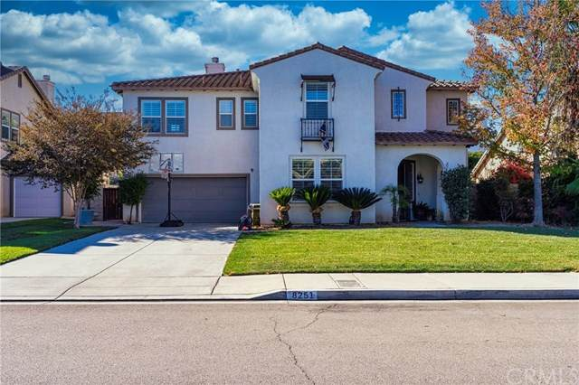 8251 Lavender Lane, Riverside, CA 92508 (#LG20240453) :: The DeBonis Team