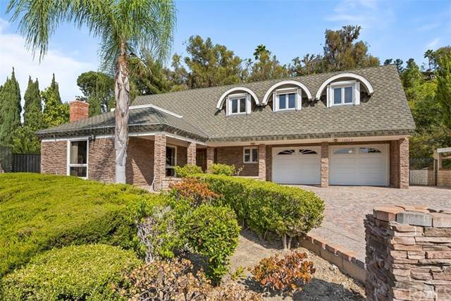 10262 Deerhill Drive, North Tustin, CA 92705 (#PW20242837) :: American Real Estate List & Sell