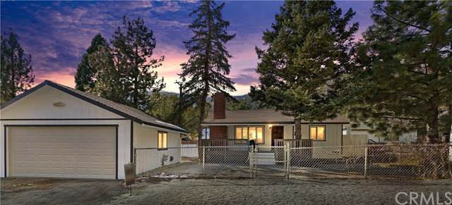 957 Evergreen Road, Wrightwood, CA 92397 (#OC20243056) :: American Real Estate List & Sell