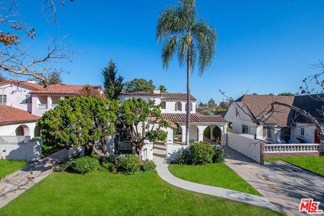 160 S Poinsettia Place, Los Angeles (City), CA 90036 (#20661250) :: The Marelly Group | Compass