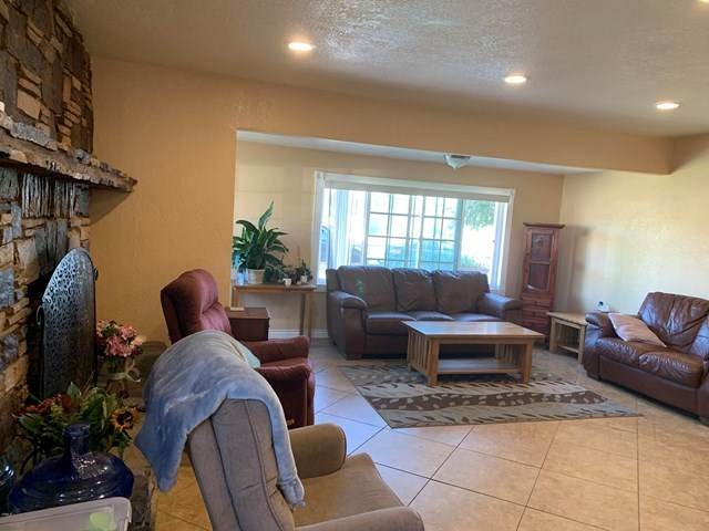 1645 N 5th Place, Port Hueneme, CA 93041 (#V1-2634) :: Wendy Rich-Soto and Associates