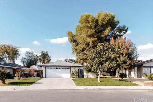 6012 Fennel Way, Bakersfield, CA 93309 (#SB20243610) :: The Costantino Group | Cal American Homes and Realty