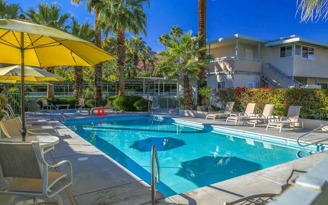 155 W Hermosa Place #7, Palm Springs, CA 92262 (#219053397DA) :: The DeBonis Team