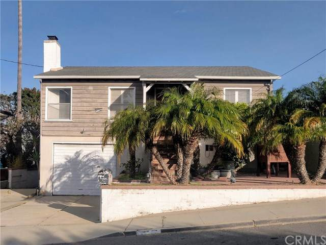 1125 8th Street, Hermosa Beach, CA 90254 (#SB20243478) :: Bathurst Coastal Properties
