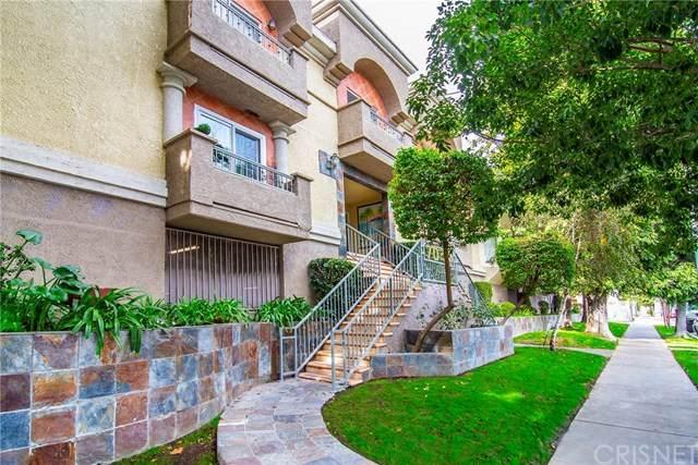 7045 Woodley Avenue #210, Lake Balboa, CA 91406 (#SR20243903) :: Bathurst Coastal Properties