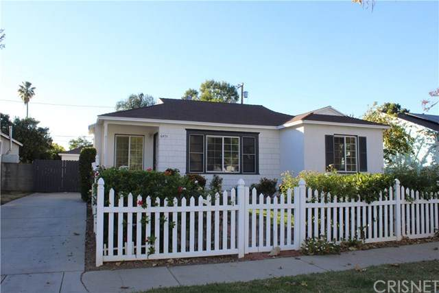 6451 Balcom Avenue, Reseda, CA 91335 (#SR20244376) :: Steele Canyon Realty