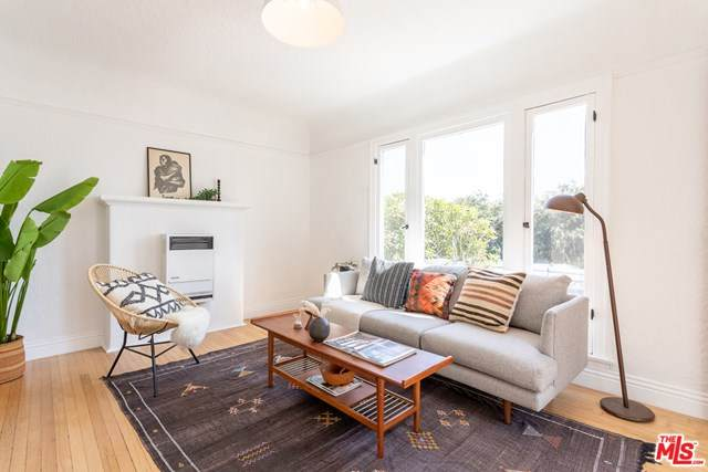 119 Rosemont Avenue 1/2, Los Angeles (City), CA 90026 (#20652190) :: Steele Canyon Realty