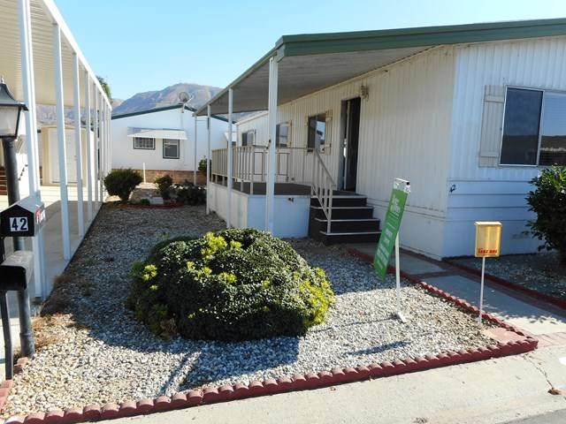 500 W Santa Maria Street #42, Santa Paula, CA 93060 (#V1-2660) :: Crudo & Associates
