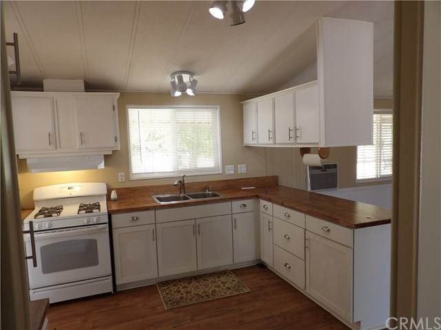 20364 Guffy Lane, Wildomar, CA 92595 (#SW20244718) :: RE/MAX Empire Properties