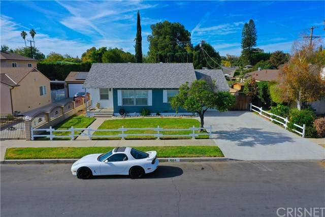 6953 Encino Avenue, Lake Balboa, CA 91406 (#SR20245048) :: Bathurst Coastal Properties