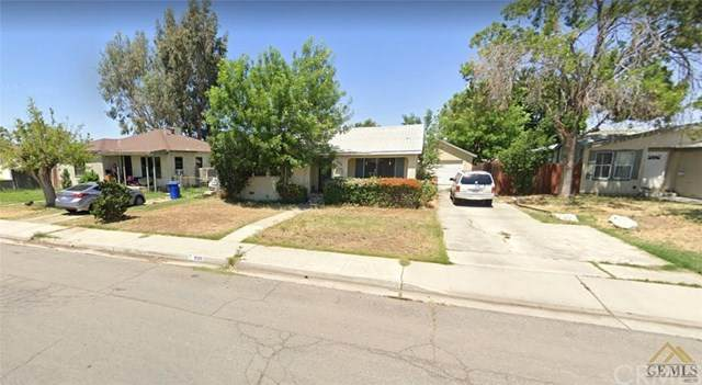 906 El Tejon Avenue, Bakersfield, CA 93308 (#SP20245335) :: The Costantino Group | Cal American Homes and Realty