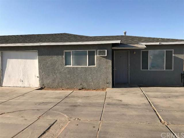 13157 Navajo Rd., Apple Valley, CA 92308 (#PW20245530) :: eXp Realty of California Inc.
