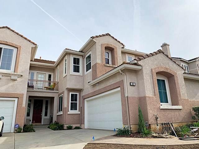 391 Kitetail Street, Simi Valley, CA 93065 (#220011082) :: Pam Spadafore & Associates
