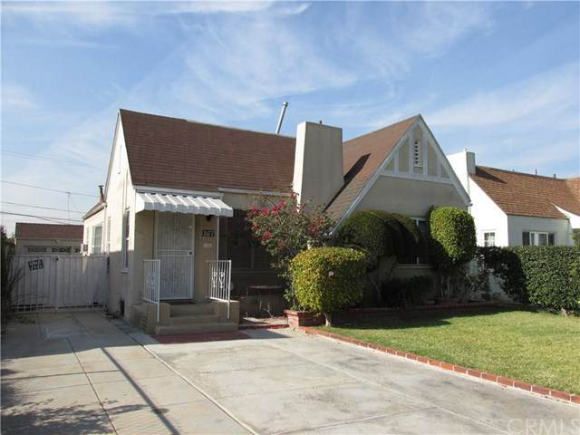 8177 San Carlos Avenue - Photo 1