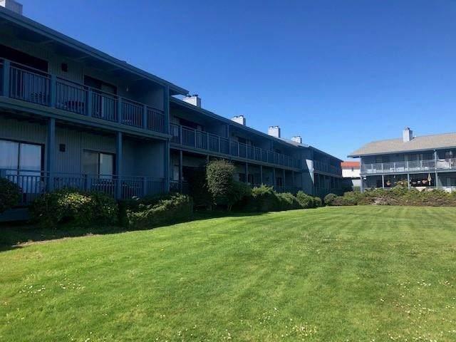 166 Kern Street #25, Salinas, CA 93905 (#ML81821289) :: Z Team OC Real Estate