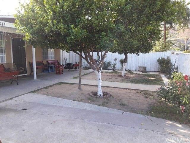 1345 Newmanor Avenue, Pomona, CA 91768 (#CV20245981) :: American Real Estate List & Sell