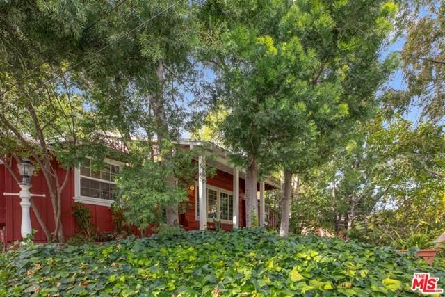 3921 Ventura Canyon Avenue, Sherman Oaks, CA 91423 (#20663634) :: The Veléz Team